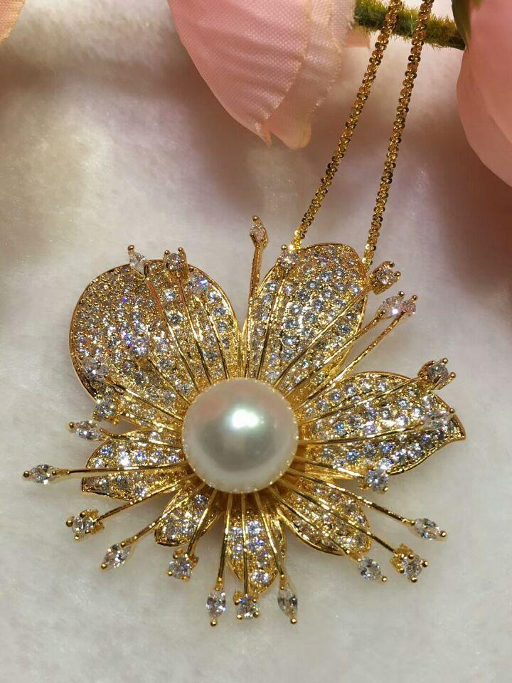 High-grade microscope zircon simple delicate flowers blossom white freshwater pearl brooch pendant fashion jewelry no chain