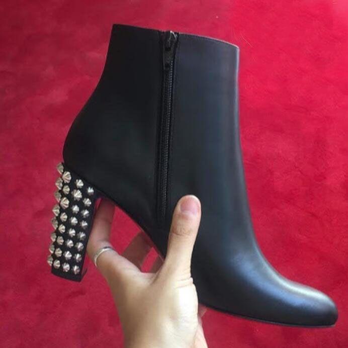 Şık Marka Suzi Halk Bilek Boots, Şarap kırmızısı, siyah Süet Deri Lady Kırmızı Alt bot kadın Chunky Topuklar Kutusu ile Kış Moda Önyükleme