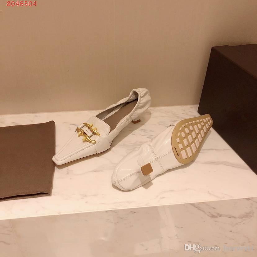 جلد طبيعي المرأة أدنى كعوب أحذية ذات جودة عالية الكعب هريرة فستان أحذية الانزلاق على الأحذية الزفاف مصمم مريحة الصنادل المرأة مع مربع