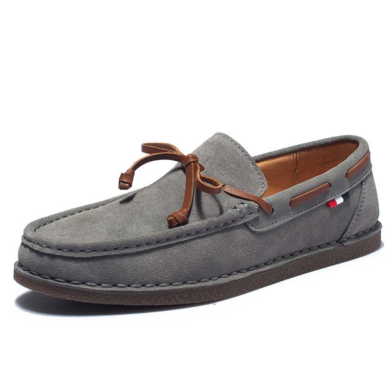 Echtes Leder-Mann-beiläufige Schuh-Tassel Bootsschuhe Klassische Loafers Beleg auf Mokassins Grau Driving Schuhe England Wohnungen