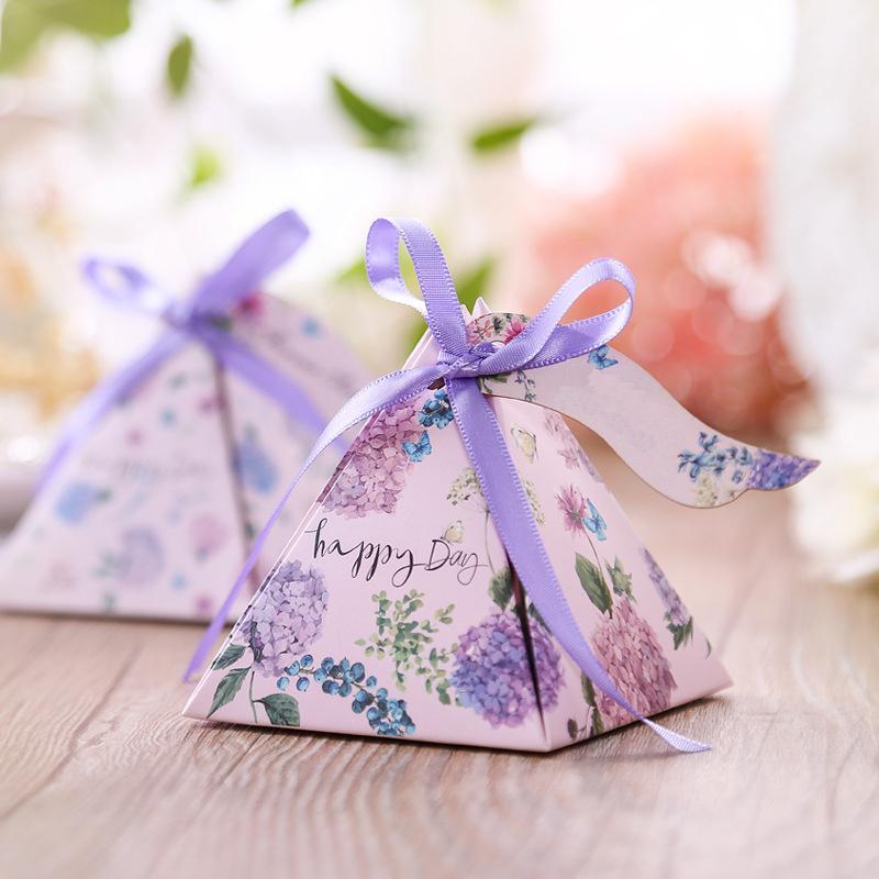 Il trasporto libero 50pcs contenitore di caramella creativo baby shower favori triangolare piramide bomboniere regali scatola bomboniera rifornimenti del partito t8190629