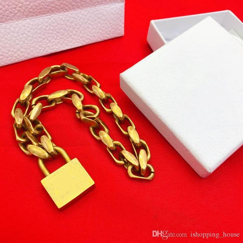 Nouvelle Europe et en Amérique Hotsale Collier Femme Collier plaqué or Pendentif de verrouillage pour les filles pour les femmes de soirée de mariage de Nice cadeau