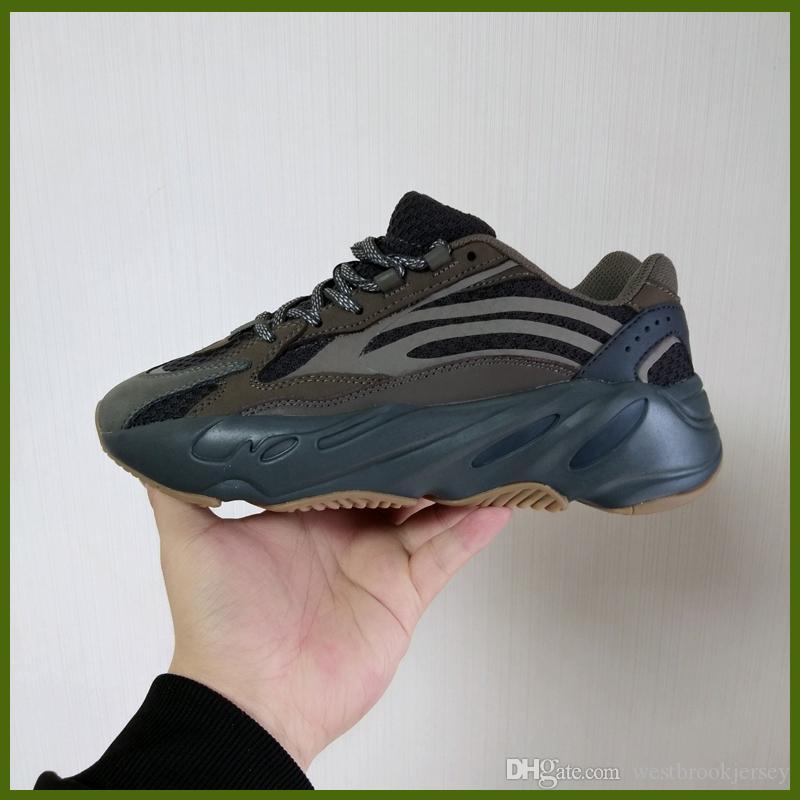 Zapatos novela Kanye West 700 zapatillas de deporte de los zapatos del diseñador reflectante Verdadera Forma hiperespacio arcilla estático Formadores exterior tono blanco Negro Venta Online