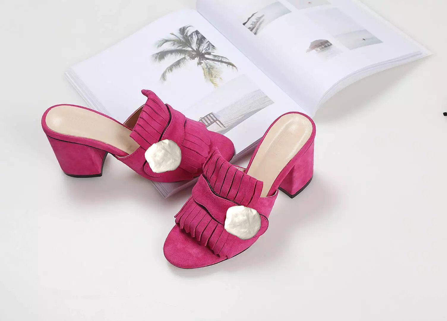 Mulher clássico Sandals Lady Verão Designer Sandals metal fivela couro sexy sapatos de salto alto salto grosso Metade chinelos tamanho grande 34-42
