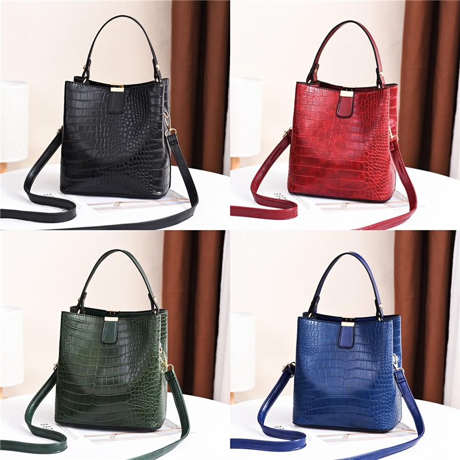 JIEROTYX Leather Shoulder Bags For Women New Fashion Exquisite HandBag Ladies Huge Golden Chain Decoration Women Bag#894