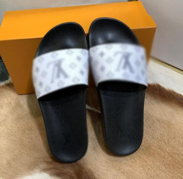 32pk mais recente qualidade venda quente Sliders Mens Womens Verão Sandals Praia Chinelos Ladies dos falhanços Loafers Slides sapatos baixos