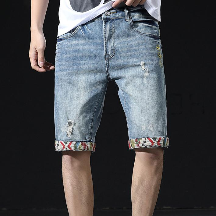 2020 estilista de la moda de los pantalones vaqueros de los hombres del verano nuevos retro británico Costura Denim Jeans cortocircuito de los hombres de moda del agujero tramo recto de los pantalones de cinco puntos
