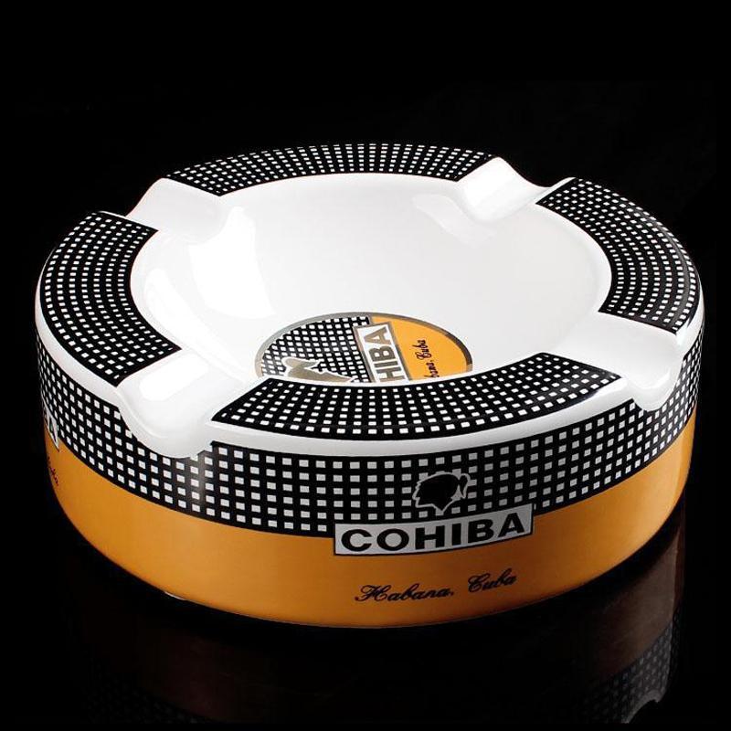 Cohiba ad alta definizione Bone China Ceramic rotonda Cigar Ashtray Per la casa Middle Size 4 Supporto fumatori Ash Tray sigari Accessori T200721