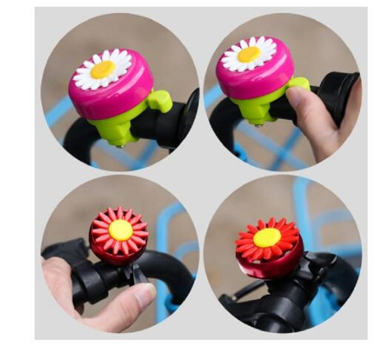 Hot Sale enfants drôle vélo cloche Horns vélo fleur de marguerite enfants filles Cyclisme alarme Anneau pour guidons multi-couleurs