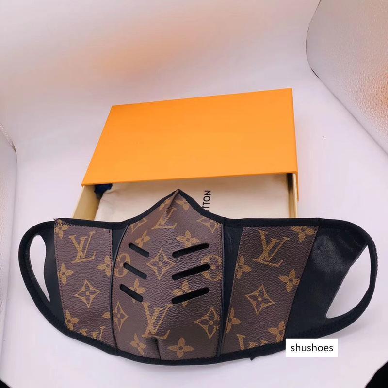 Tasarımcı Anti-Dust Pamuk Ağız Yüz Kutusu sahip Siyah Lüks Yüz maskesi taktığınızda Siyah Koruyucu Maskeler Unisex Facemask Erkek Kadın Maske