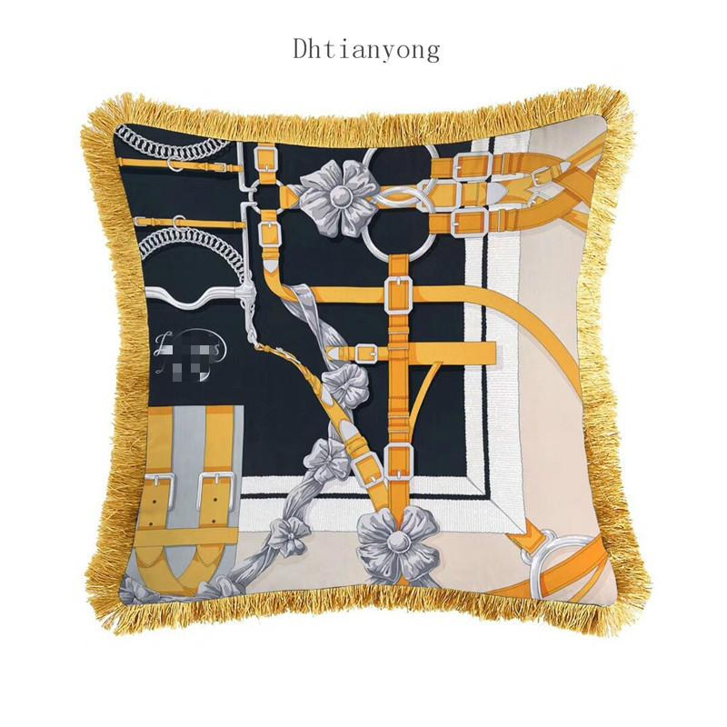 45cm Vintage Coussin baroque couverture 3D Print Designs Canapé Coussin velours Coussin Tassel Thicken luxe Royal Home Taie