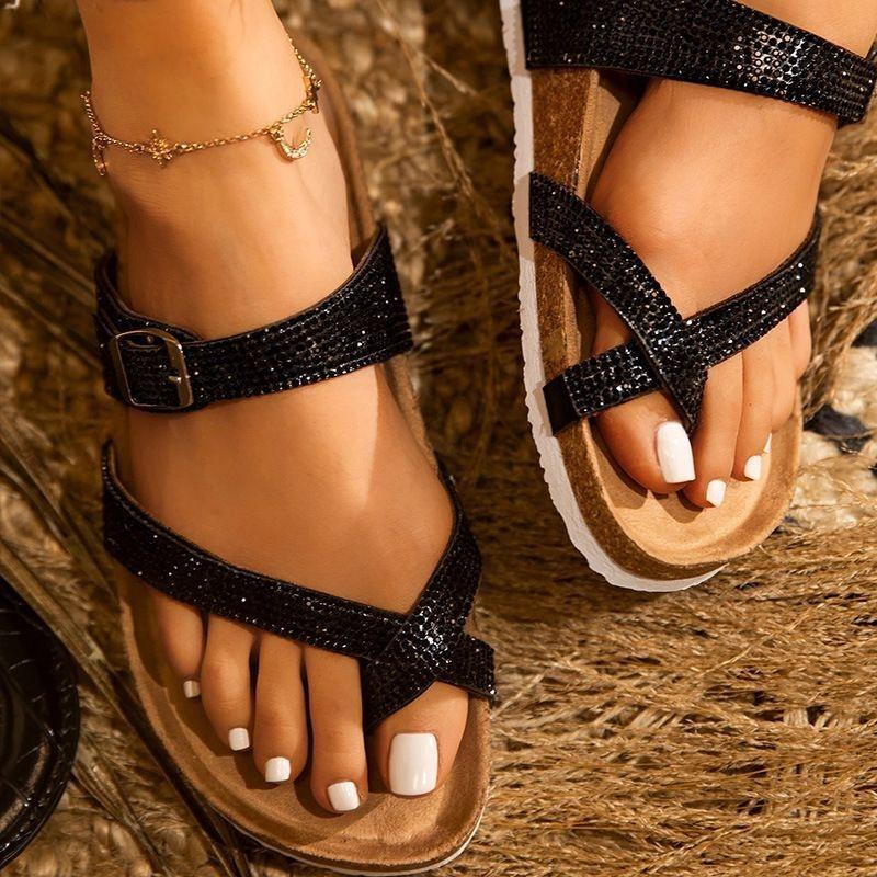 2020 verano sandalias de los zapatos de las mujeres y las sandalias de los deslizadores diamante de la moda de gran tamaño de los deslizadores del dedo del pie de playa