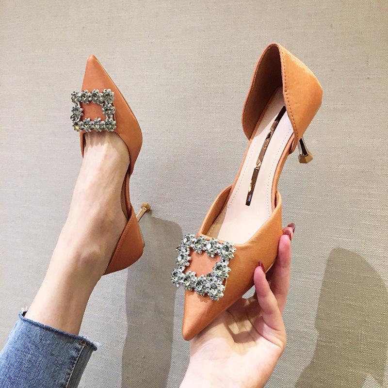 Sivri Burun Ayakkabı Kadın Flats Sığ Ağız Kristal Casual Kadın Sneakers Sonbahar Elbise Rhinestone Yeni Yaz Güz Temel Yüksek