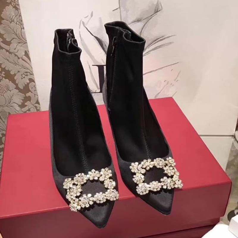 Inverno New 2020 Curto tornozelo calçados casuais Mulheres Sapato de bico fino colaterais Zip Senhora elegante Bootas Chic Bling flores de cristal Buckle Bota Femme DF5
