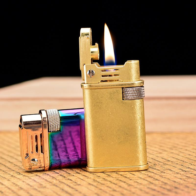 Retro Trench Copper Chef de Cuir Flint Brint Brinter En laiton Métal Gadgets Kérosène Huile Briquet Briquet Gaz Meulage de meulage Cigarette Cigarette Cigare Cigare