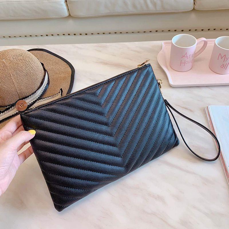 Luxuriou 캐주얼 여성 디자이너 클러치 가방 지퍼 지갑 편지 블랙 스톤 곡물 정품 부드러운 가죽 저녁 봉투 가방 도매 접어