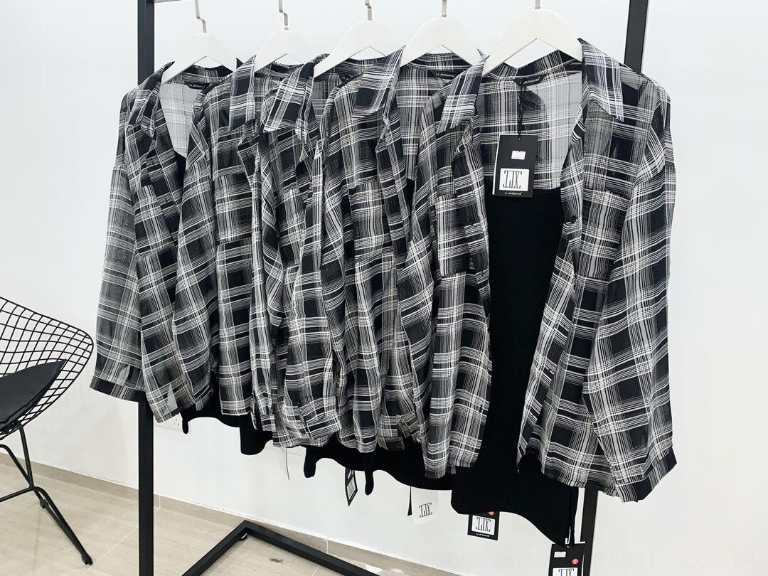 İnternet ünlü Aynı stil Kadın 2020 En shirtShirt shirtnew yaz ince güneş gömlek tasarım anlamda niş gevşek üst kontrol