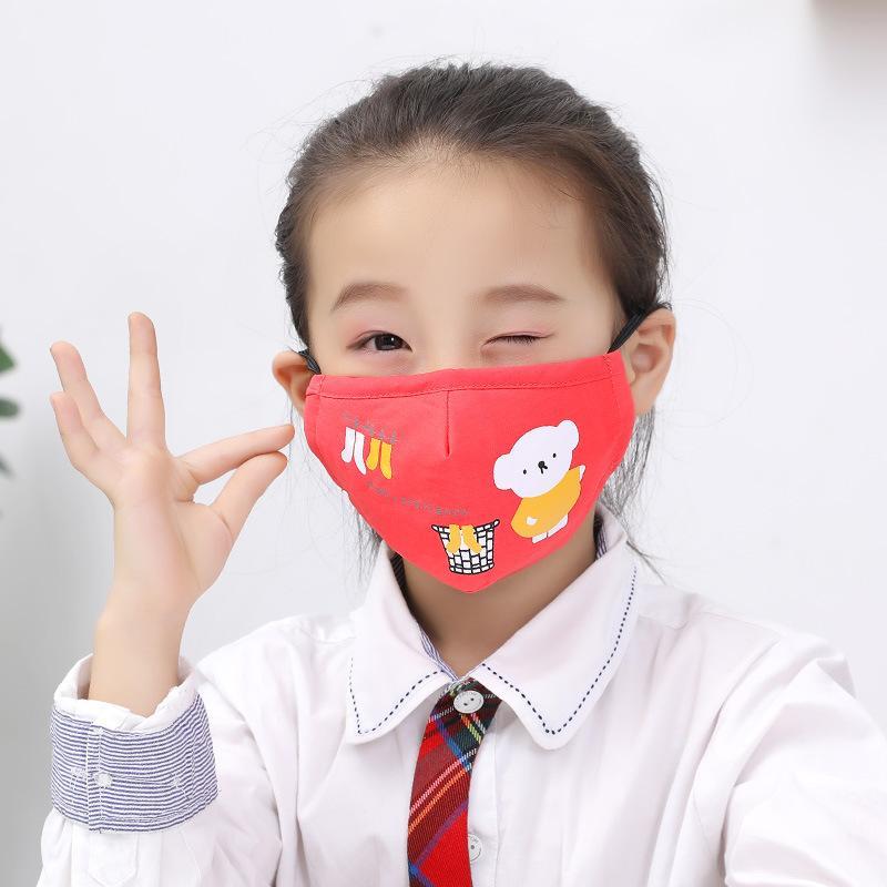 2021 어린이를위한 새로운 코튼 천 PM2.5 빨 수있는 안티 - 헤이즈 페이스 마스크 안티 먼지 마스크 다채로운 부직포 직물 어린이 헝겊 마스크