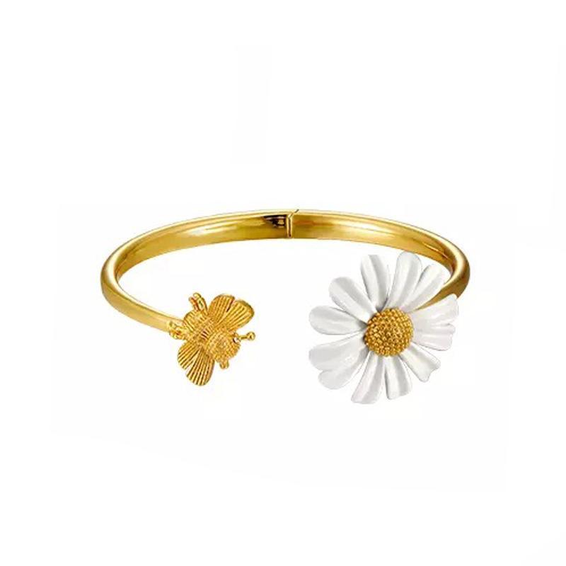 Temperament NIS 2020 new Aestheticized Fried Chicken fire summer little Daisy bee open bracelet fashion designer bracelet jewelry