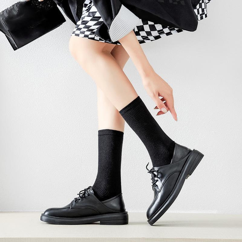 2020 Pu Pelle Donna Flats Shoes Primavera Autunno Oxfords Scarpe signore casuali Lace-Up di cuoio molle delle donne dei fannulloni stivaletto Scarpe