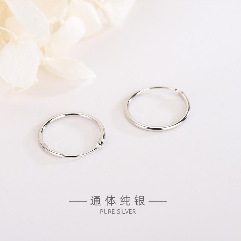 Classique S925 Taille en argent sterling Mode Tout match Cercle Boucles d'oreilles Style Coréen Simple ordinaire Silver Factory Direct