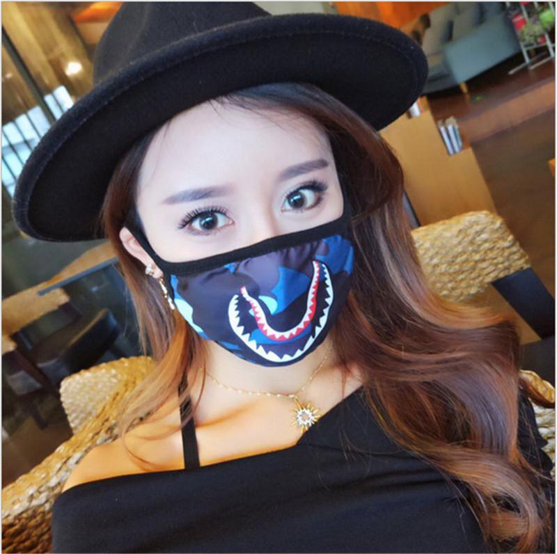 Unisex Yıkanma Köpekbalığı Yüz Maskesi Maskeler Ağız-mufla Siyah Yüz Maskesi Kamuflaj Renk Bisiklet Tasarımları Mor Kırmızı Mavi Köpekbalıkları Korkunç Maskeler 300pcs Maske