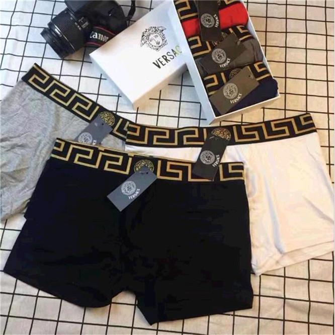 Moda Erkek Seksi 2019 Külotlar Knickers Külot Seksi Erkek Boxer Cuecas Şort Man Deri Yüksek Kaliteli İç Giyim Pantolon Box Versace