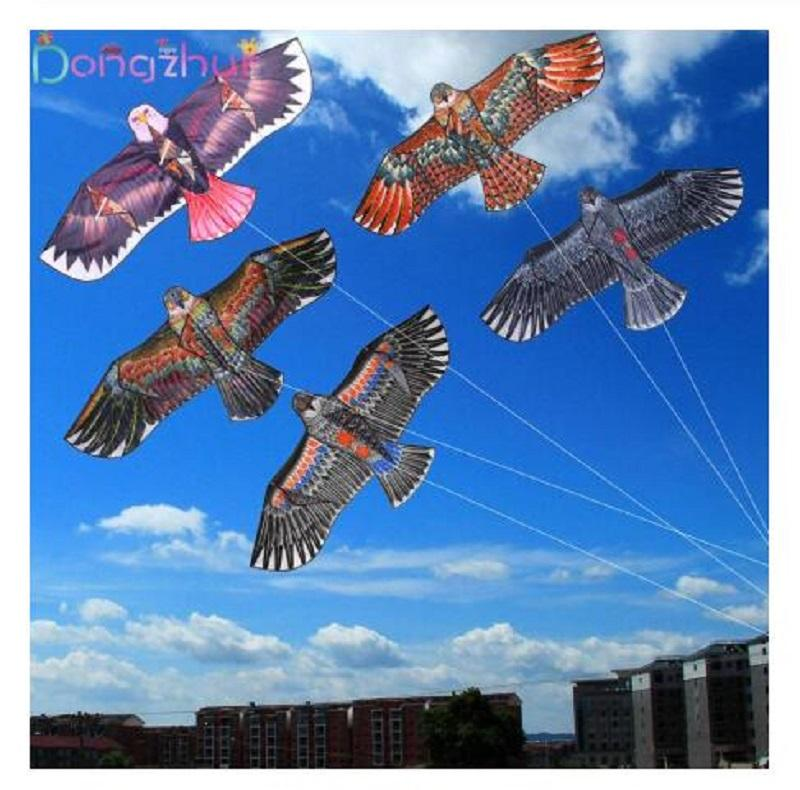 1.1m Flat Eagle Kite С 30 метр Kite Line Дети Flying Bird Змеев Ветроуказатель Открытый Игрушки Сад Ткань Игрушки для малышей подарков