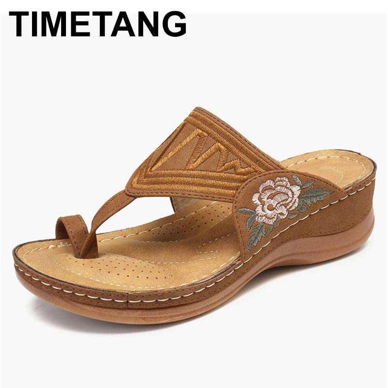 TIMETANGWomen clipe toe chinelos 2020 aleta bordados de flores fracassos casuais sandálias de praia senhoras sapatos plataforma mulheres verão calçados
