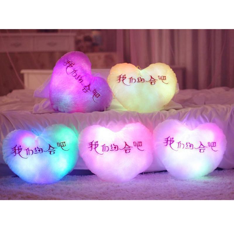 Aydınlık Sevimli Yastık 30 cm * 30 cm Yıldız Kalp Ayı Paw LED Işık Peluş Yastık Gece Lambası Çocuk Yastık Noel Oyuncakları HWC141