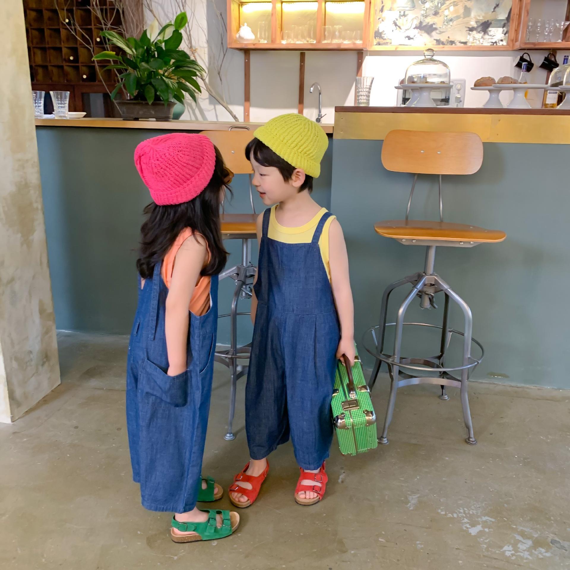 pantalones de la correa de XY.KIDS Muchacha del verano de mezclilla estilo coreano del mono de la ropa de los niños del estilo de los niños extranjeros del bebé de sexo masculino