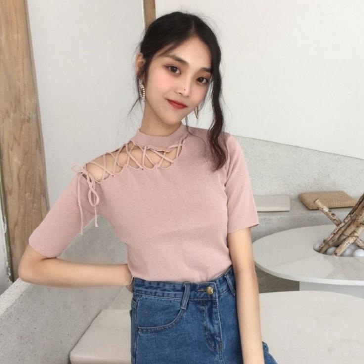 2020 Kore tarzı Şık akıllı oyuk-out askısı crossbody kısa kollu kadın yaz tişört tişört düz renk ince örme üst