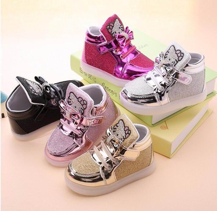 Ребёнки Светодиодные обувь малышей против скольжения Спорт Boots Дети кроссовки Дети мультфильм Квартиры обувь 5 цветов