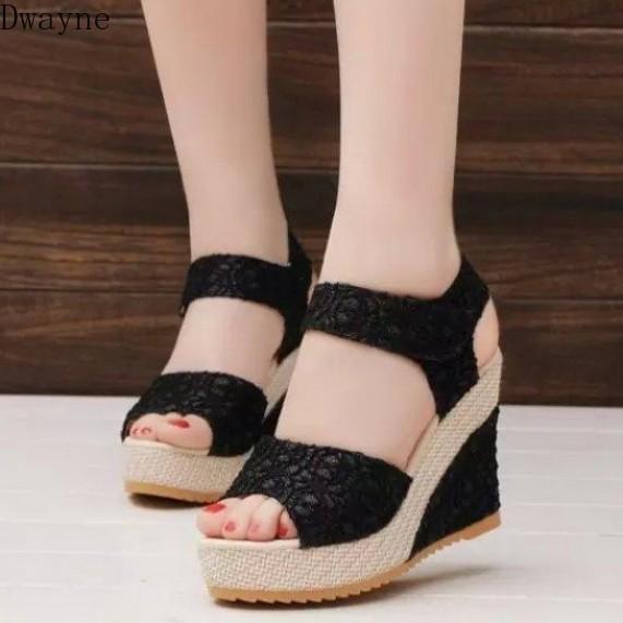 Hada viento helado de cuña con sandalias de la boca de pescado verano femenino grueso zapatos de punta inferiores