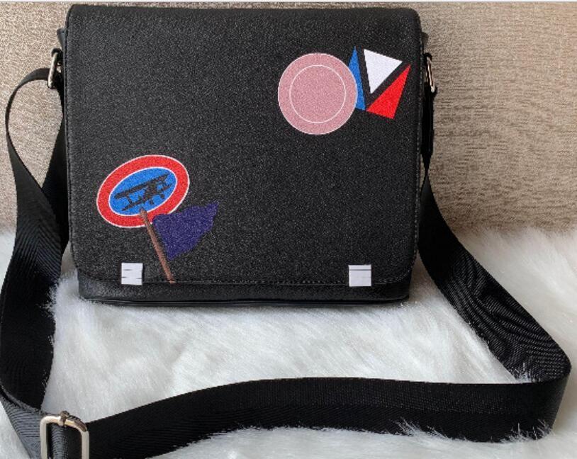 2020 Männer klassische Art und Weise lederne Kurierschultasche Umhängetasche Aktentasche 26CM Tablette Tasche