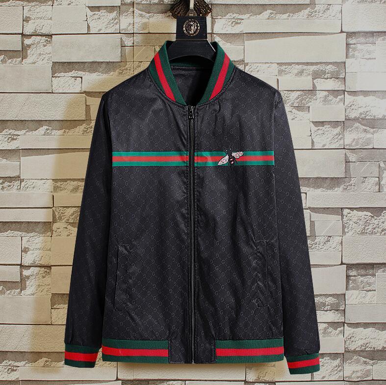 chaqueta del otoño de 2020 marca italiana de lujo de los hombres de la cremallera de la chaqueta del diseñador de los hombres de alta calidad con capucha modelo de la abeja superior al aire libre