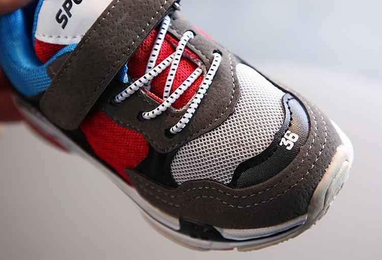 Nuevo estilo coreano para niños y niñas en 2.020 medianas y grandes Deportes zapatos deportivos de malla transpirable niños antideslizantes zapatos casuales