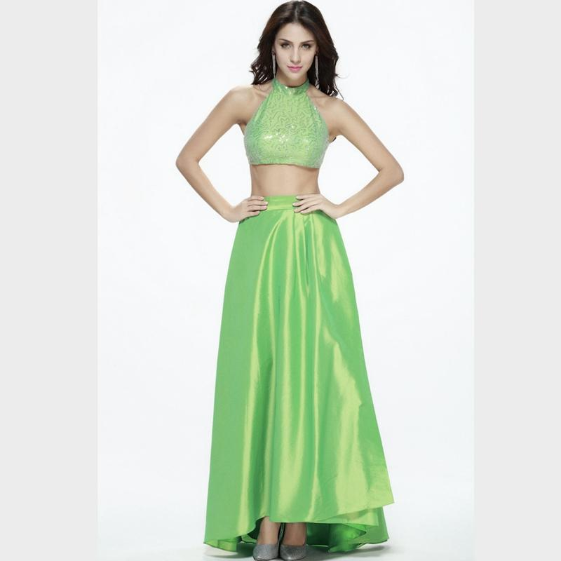 Summer Unique Halter Neck Green Prom Dresses Sequins Floor Length Two Pieces Evening Gowns Sleeveless Satin Evening Dresses with Hollow Back