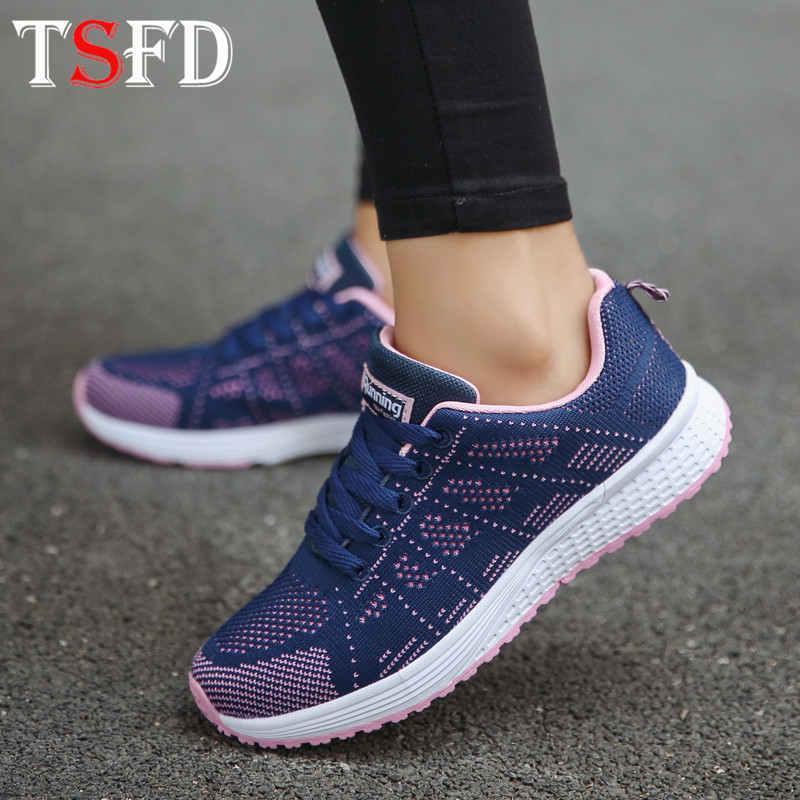 Zapatillas deportivas top del punto bajo de las mujeres atan para arriba femenino Deporte calzado transpirable verano zapatillas de deporte de gran tamaño Señora Deportes zapato plano Calzado V15
