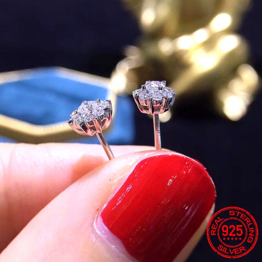 Mode de luxe Argent 925 Snowflake Zircon Stud Boucle d'oreille Boucles d'oreilles pour les femmes cadeau de Noël coréen Bijoux fiançailles mariage XE051