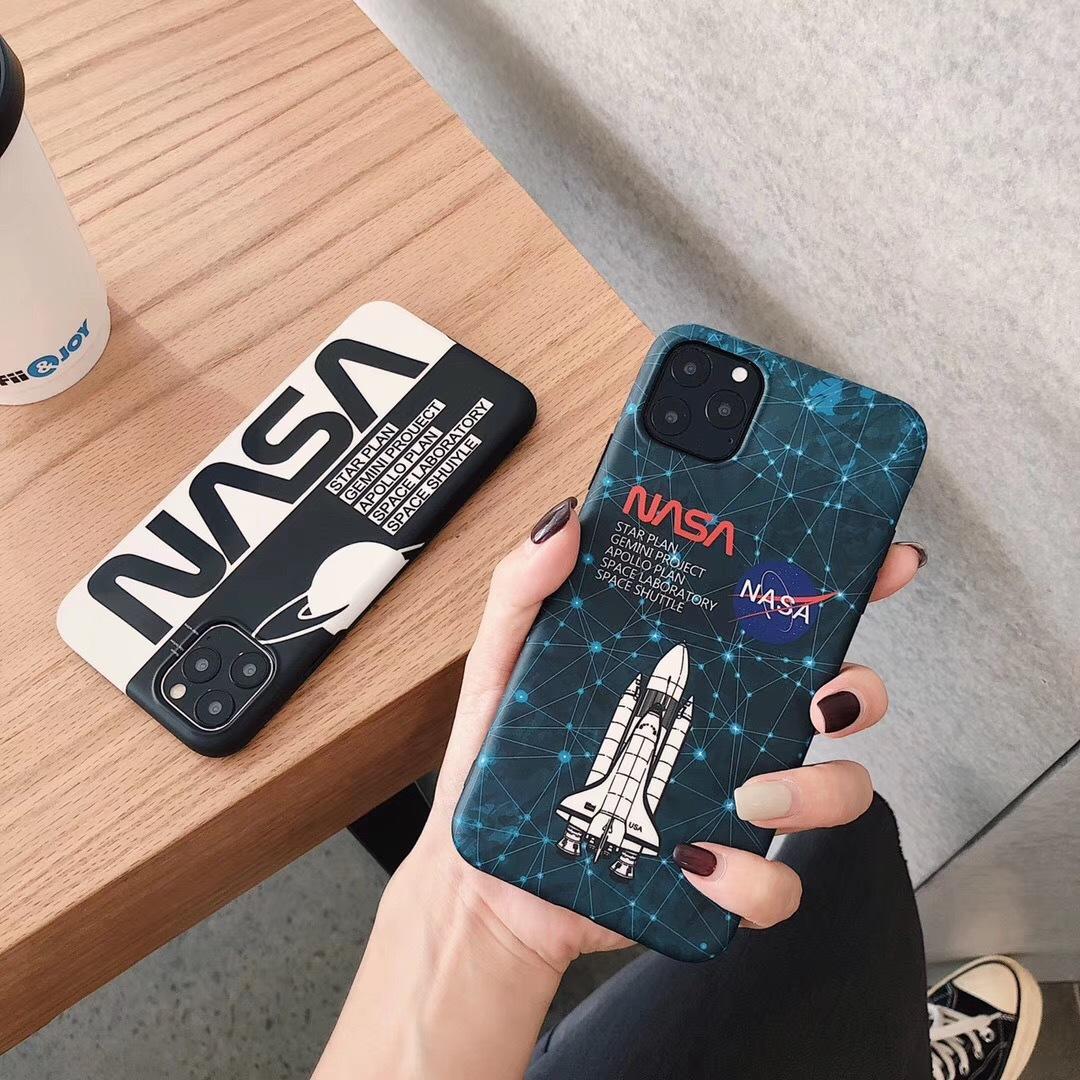 iPhone Para o Caso da tampa do silicone Impressão Telefone 11 pro XR X XS Max 7 8 6 casos S 6S Além disso Matte Carta Espaço Moda Coque Fundas