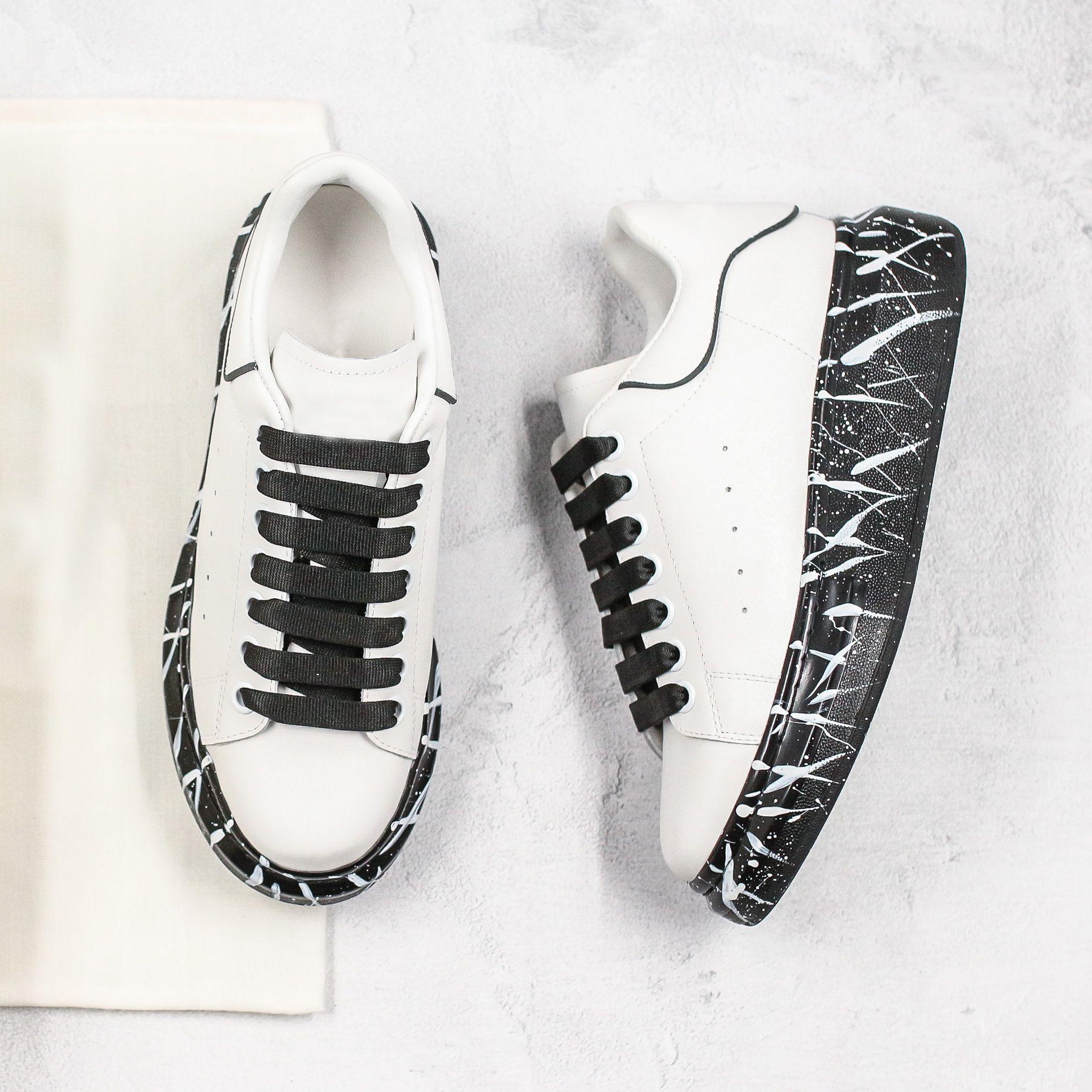 2020 أعلى منصة الأبيض مصمم الأزياء والأحذية mcPueens عاكس جلدية أفضل النساء احذية أسود رمادي أحذية عارضة حذاء رياضة حجم 35-45