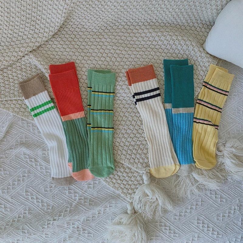 Crianças Socks bebê Meninas algodão Knee High Socks Faixa de cores dos doces miúdos criança Duplo agulha curta para crianças de 2 12 anos iWIL #
