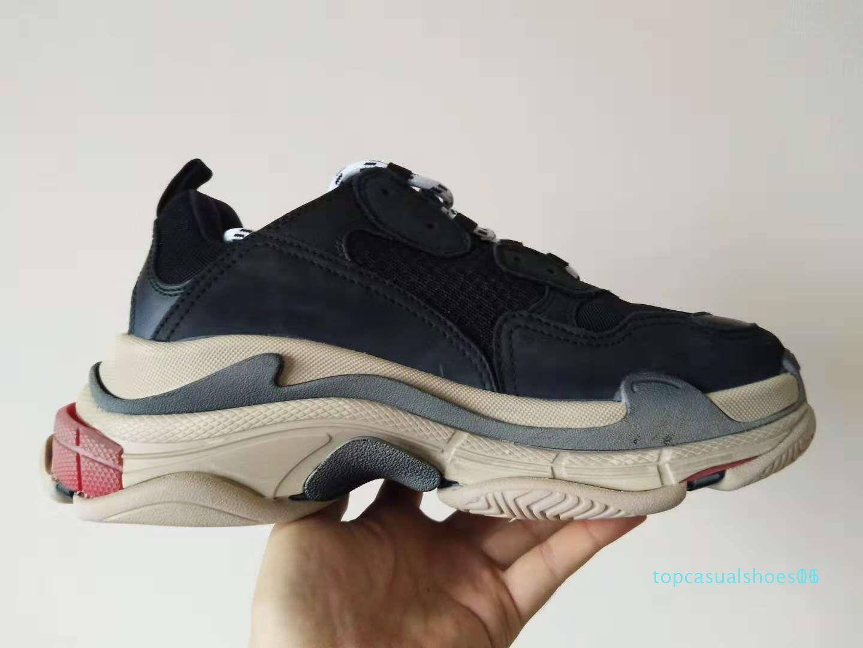 Париж 17FW Triple-S Walking Casual Luxury папа обувь дизайнер Тройной S кроссовки для мужчин Женщины Vintage Kanye West Старый тренер Открытый T01
