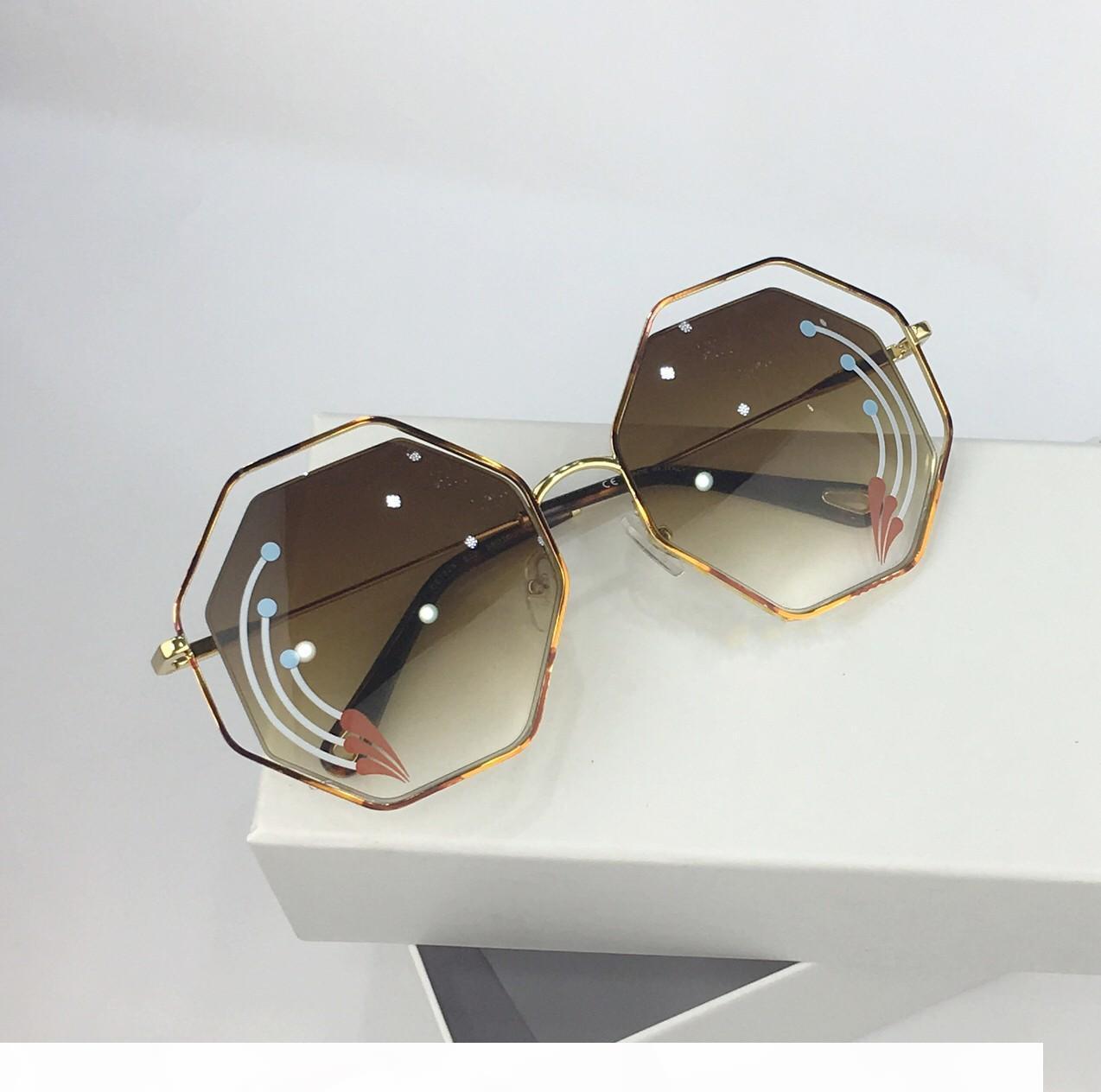 Nuova qualità top 132 delle donne degli occhiali da sole uomini vetri di sole donne occhiali da sole stile di moda protegge gli occhi Occhiali da sole Occhiali da sole con box
