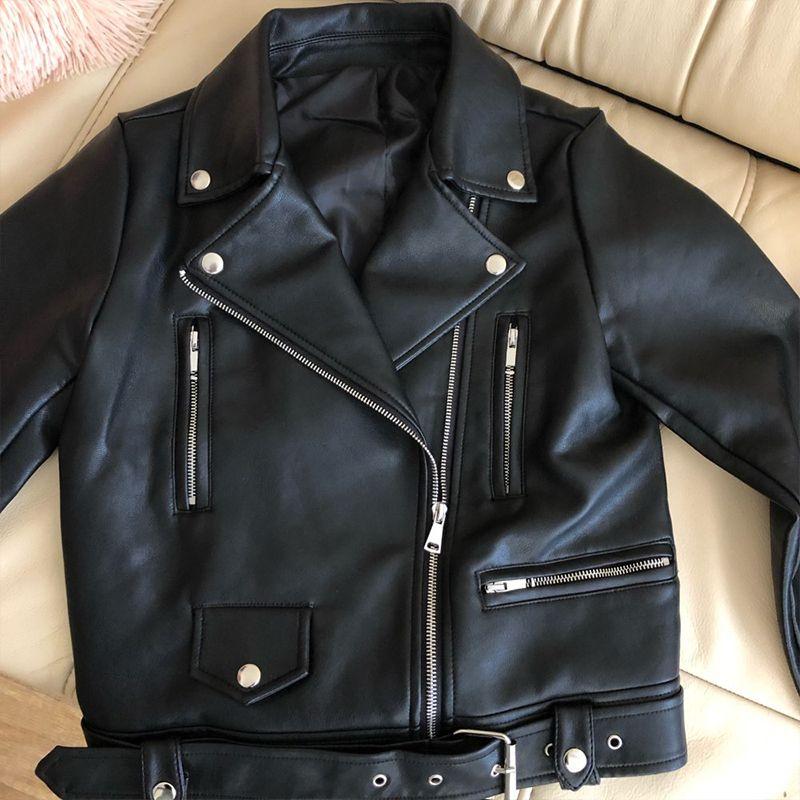 New Mulheres Primavera Outono de couro preto faux Casacos Zipper Básico Brasão de abertura de cama Collar Motor Biker Jacket Com Belt