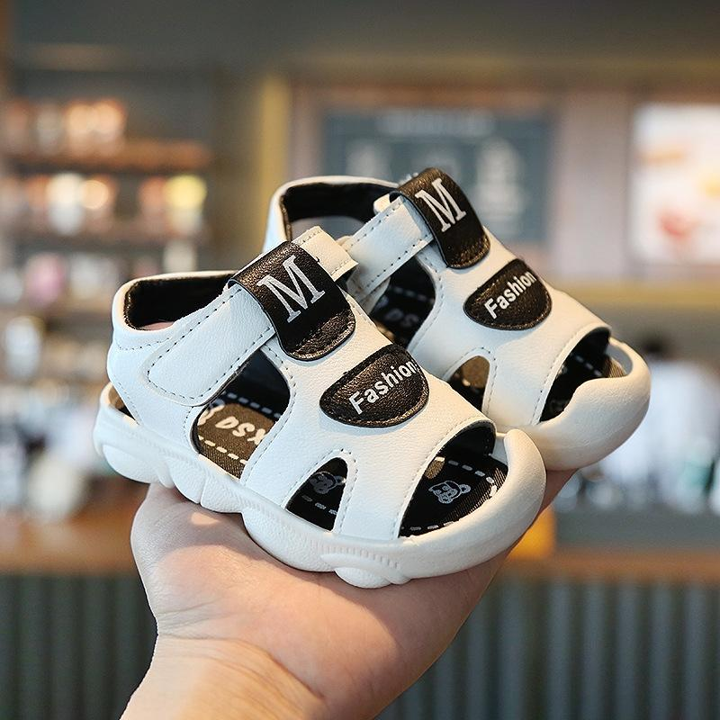 Boys' 2020 new children's Baotou sandals 1-3 years old Sandals 5 baby soft bottom anti-slip trendy shoes