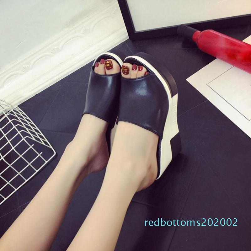 Kadın Yaz Sandalet Ayakkabı Moda Balık ağız Ayakkabı burnu Roman Sandalet Bayan Ayaklı Kadın R02 Flops
