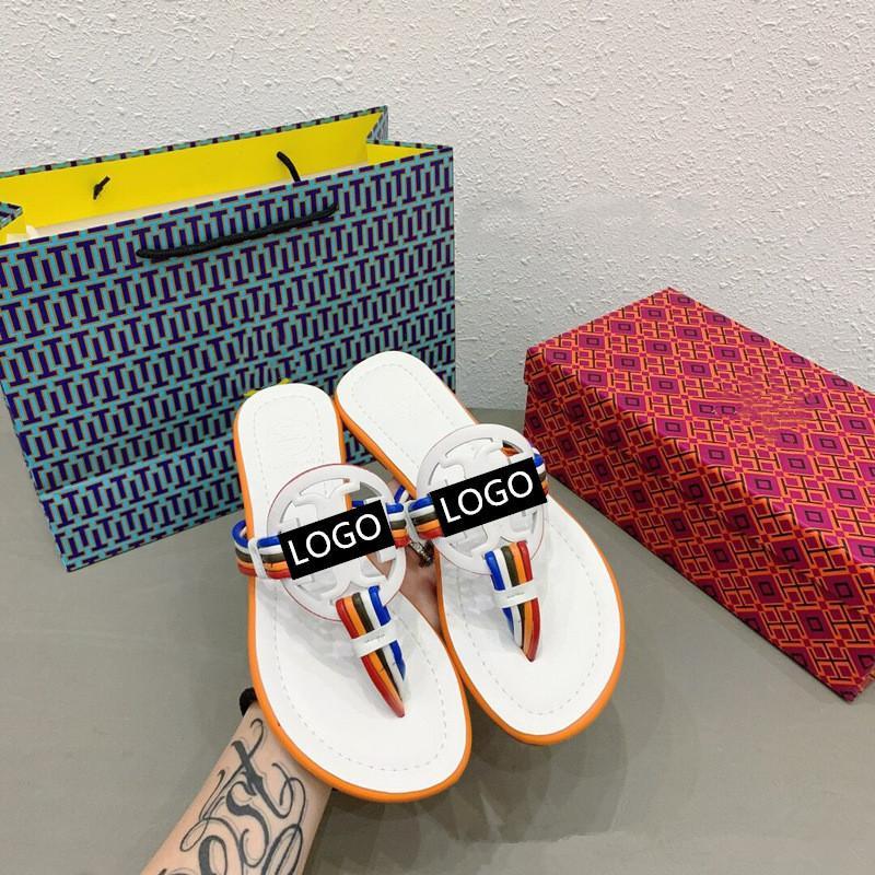 2020 Donna Sandali di marca grandi dimensioni 35-40 Designer Shoes di lusso diapositive di moda estate ampio appartamento Slippery Sandals Slipper infradito