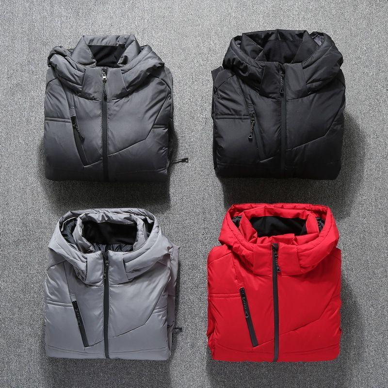 Invierno chaqueta de los hombres caliente de la capa de la capilla Puffer Down Jacket Parka hombres 2020 Mens chaquetas y abrigos de invierno gruesa 19-1897 KJ2646